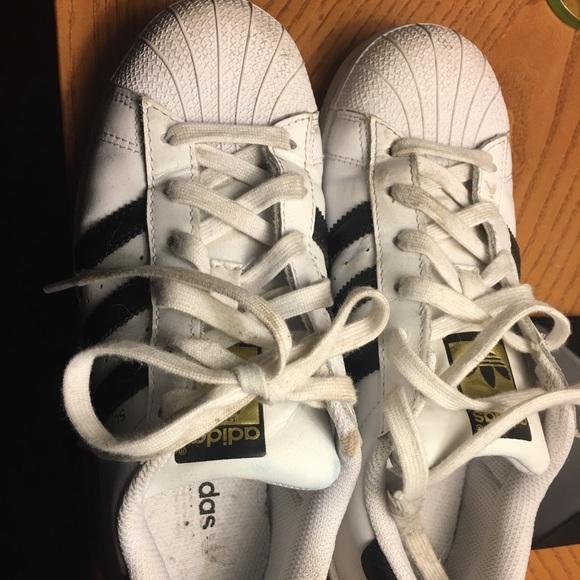 le adidas superstar poshmark guc stan smith